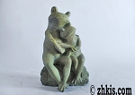 Romantic Frogs Statue