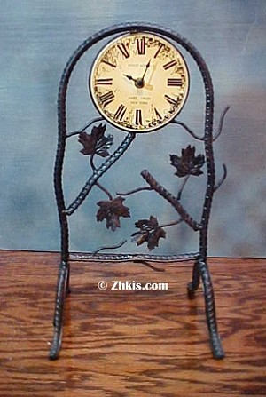 Grape Leaf Mantel Clock