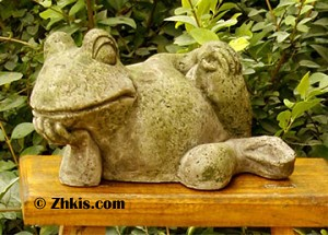 Lounging Frog Garden Statue