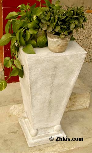 Contemporary Tapered Pedestal
