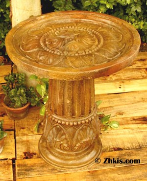 Birdbath with Leaf Design